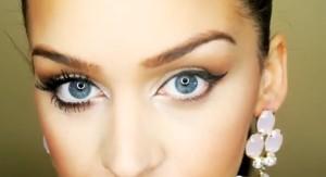 Eyes 19